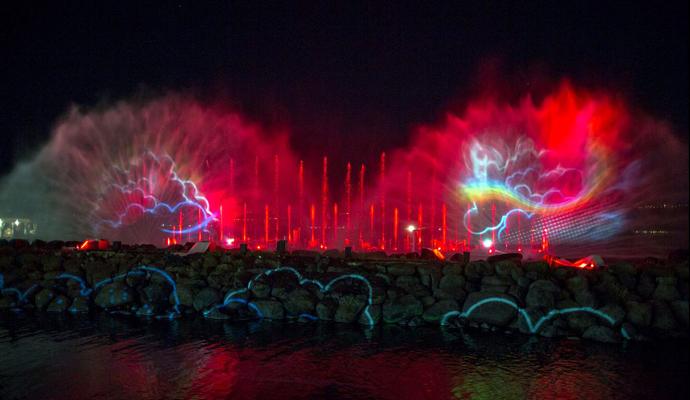 Световой поющий фонтан в Тверии